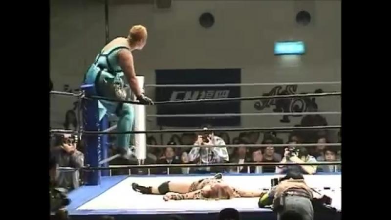 Aja Kong vs. Rie Tamada (Clipped)