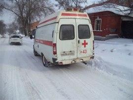 В Курске подросток, перебегавший дорогу, попал под машину