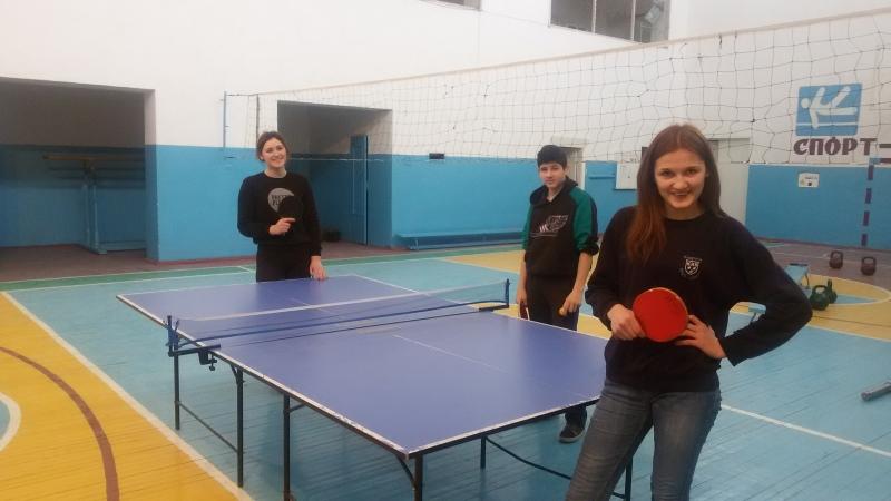Теніс. Змагання серед дівчат . ЦПТО .
