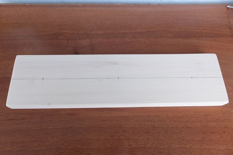 Подвесной стеллаж для хранения спиннингов своими руками
