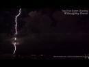 Положительный разряд молнии наковальня земля в Дарвине СТ Австралия 20 11 2017 МСК 6 30