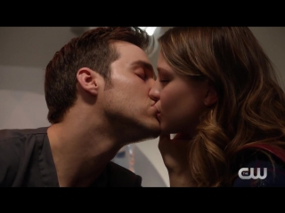 Супергерл | Топ-5 сцен 2-го сезона с поцелуями
