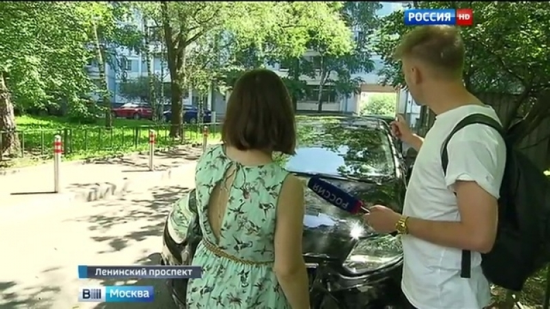 Вести-Москва • На Ленинском проспекте автомобиль снес забор и въехал на территорию школы