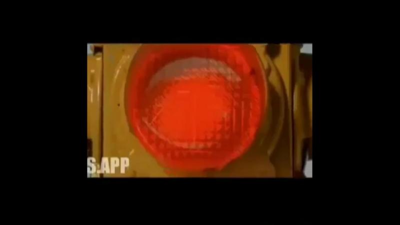 Video_mashinyBcMsIu-nja-.mp4
