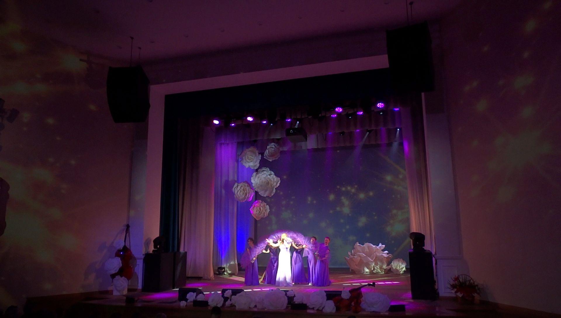 концерт для женщин -ветеранов АО «Воткинский завод».
