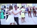 Dansul parintii- Молдавия - танец с родителями на выпускном....