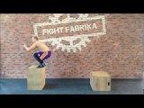 Тренировка ног боксёра (Плиометрика. Прыжки из седа на возвышенность) nhtybhjdrf yju ,jrc`hf (gkbjvtnhbrf. ghs;rb bp ctlf yf djp