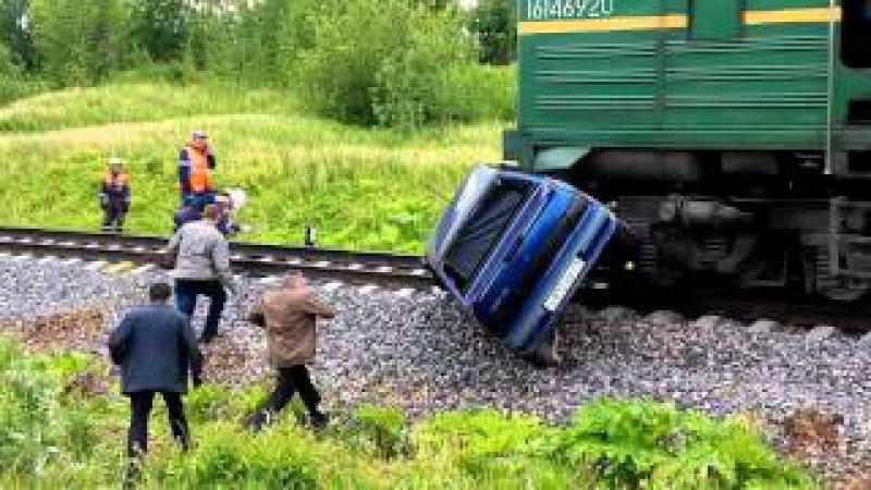 ДТП ваз 2115 с Поездом. Эжва
