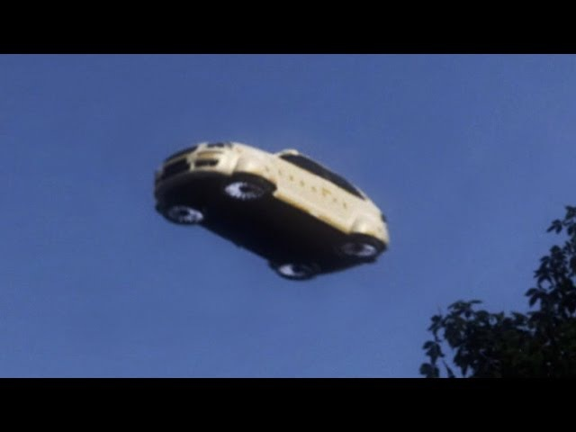Flying Car - Malfunction and Crash