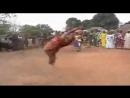 Ритуальный танец в африканском племени