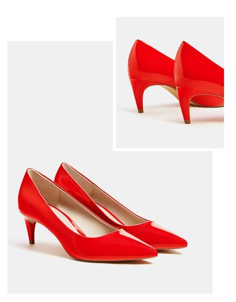 Красные лакированные туфли на каблуке