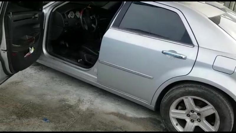 Chrysler 300С EXL (642.982)