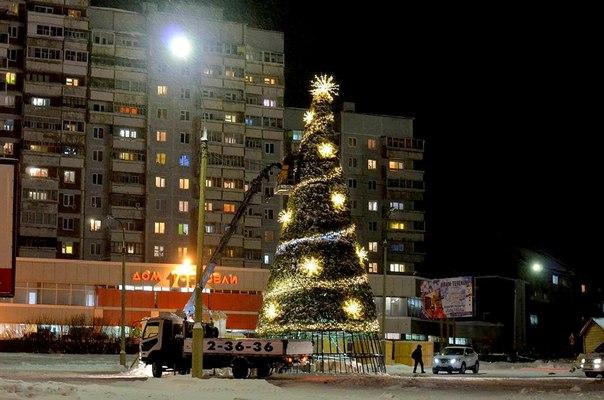В Усть-Илимске ведутся работы по строительству Снежных городков