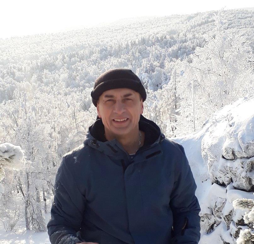 Рустам Бакиров |