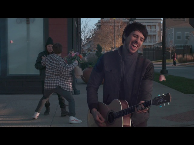 Morgan Evans - Kiss Somebody (Official Music Video)