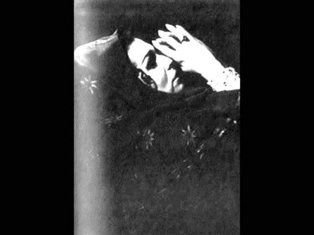 Galina Vishnevskaya sings