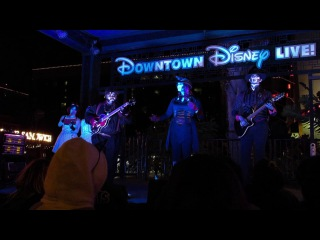 Marshmallow World - Steam Powered Giraffe - Downtown Disney LIVE