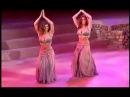 танец живота сестер близняшек