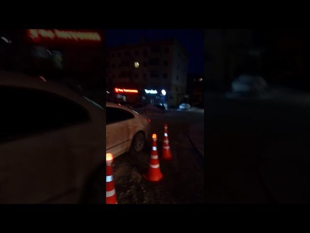 Трезвый разбил VAG об джип, несоблюдение дистанции!!