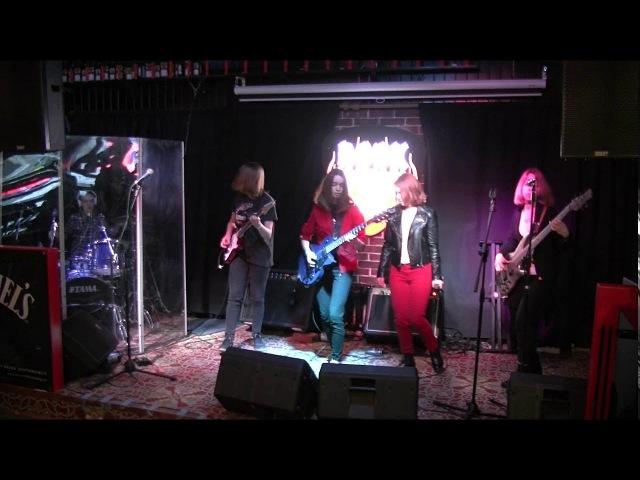 Lake Of Fire - Ten Cent Pistol (The Black Keys)