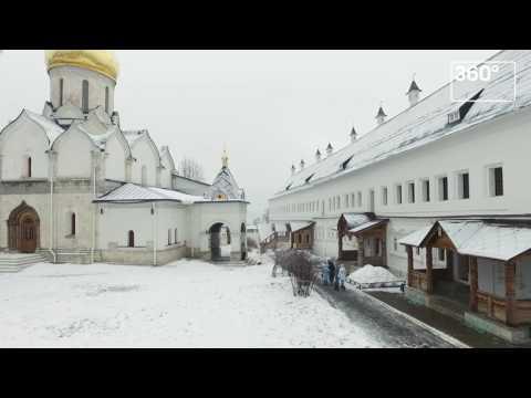 Как выглядит Саввино Сторожевский монастырь в Звенигороде зимой