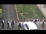 Где же полиция?