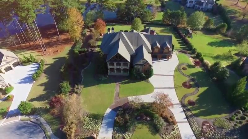 Прекрасный семейный дом с великолепным дизайном экстерьера и интерьера 2915 Dray
