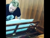 Liam Howlett в футболке Criminal Tribe Records_