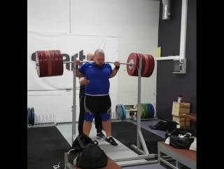 Март Сейм, приседания 320 кг