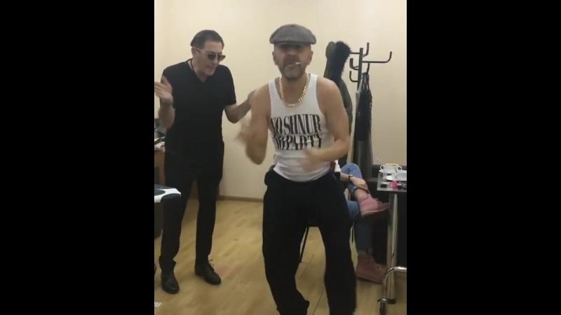 Шнуров и Лепс на лабутенах (live)