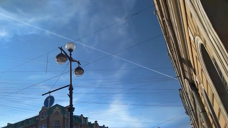 Химтрейлы в Питере 4 Марта 2018 испортили погоду как всегда. Что они распыляют на этот раз пока не ясно. Климатическое_оружие