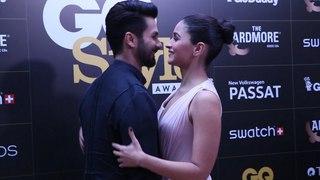 Cute Alia Bhatt & Shahid Kapoor shared The Warmest Vibes At GQ Style Awards 2018