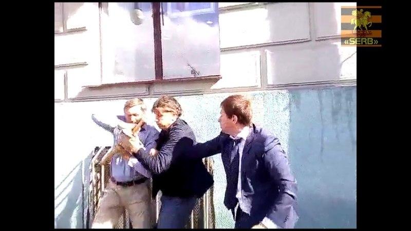 Известный московский адвокат ветеранам войны угрожает, а ранее с бейсбольной битой нападал