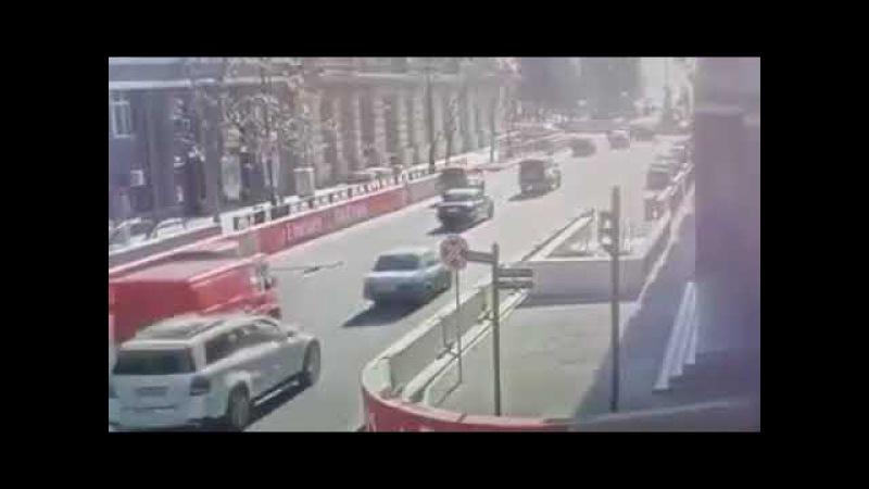Yol Polisləri Naz Lifanla aftoşluq edəni tuta bilmirlər..PAYLAŞ