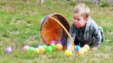 Funny Videos - Easter Egg Hunt Gone Funny