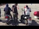 обучение езде на мотоцикле.
