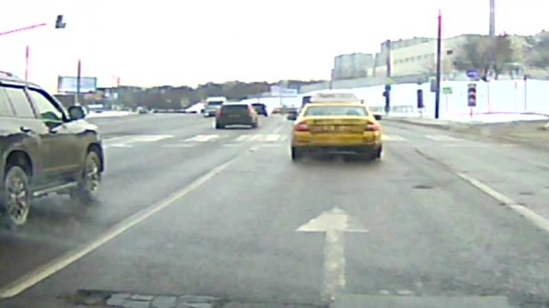 Серьёзная авария на Бесединском шоссе.
