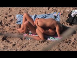 красивая блонда смачно сосет и садится на хуй(подсмотр,пляж,секс,hidden cam,bh,beach hunter,bc,wc,piss,voyeur,hz)