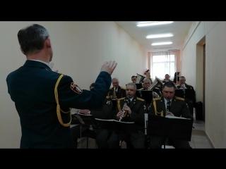 Выступление войскового оркестра Приволжского округа Росгвардии на открытии экспозиции