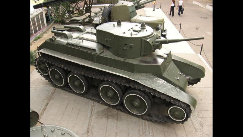 Загляни в реальный танк БТ-7. Часть 2. В командирской рубке