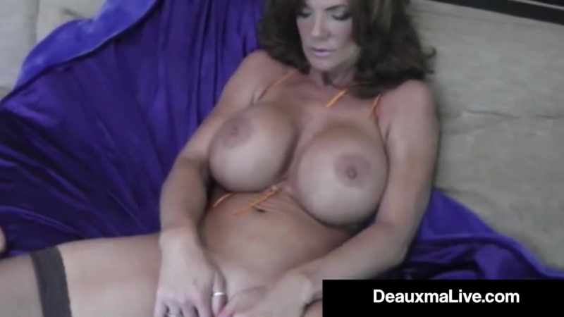 hot cougar deauxma dildo fucks her pussy squirts 720p