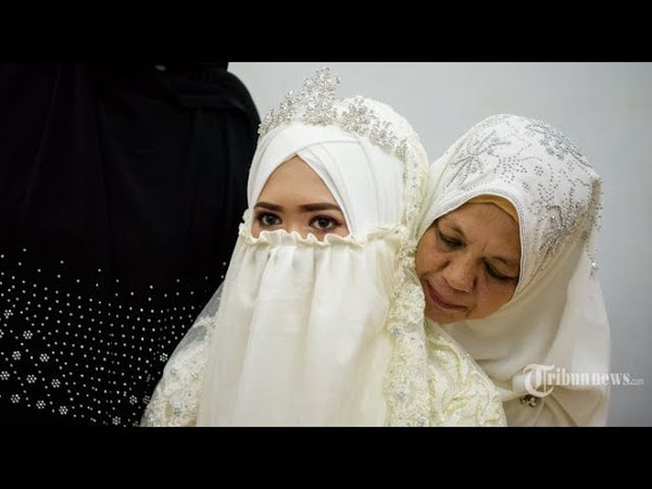 Shalawat Wedding Bikin Baper Versi Cuplikan Video Muzammil Hasballah Sonia Ristanti