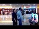 Прикол шлем Oculus Rift Oculus Rift парень в шоке Очки виртуальной реальности жесть