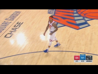 Beasley fouls out in 10 minutes with just 1 point, gets a standing ovation from Knicks fans