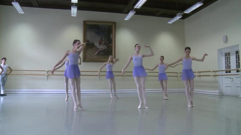 Vaganova Ballet Academy. Oriental Dance, Character Dance Exam, 4th class. 2015