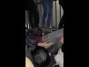 Betléhem Un palestinien suuffoque devant un checkpoint des soldats youpins