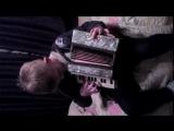 Саша играет на аккордеоне