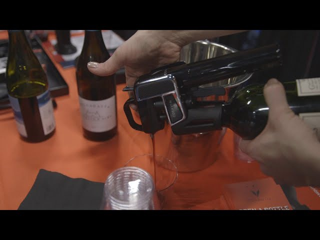 This wine opener lets you pour a glass without uncorking