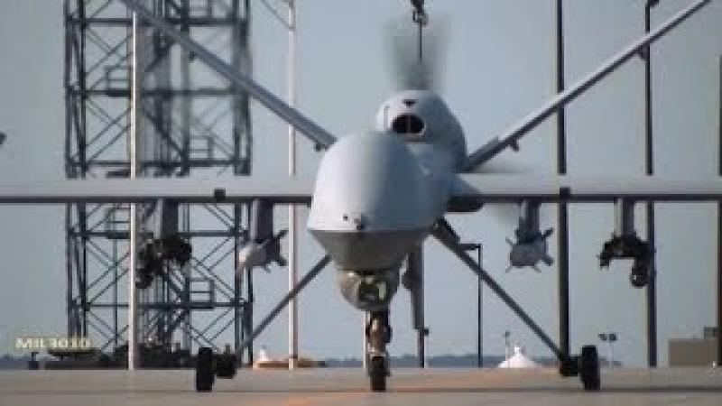MQ-9 Reaper (Жнец) Ударный беспилотник выруливает на взлет
