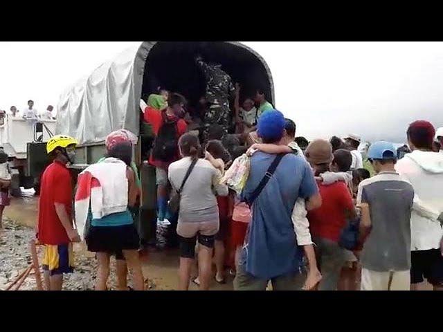 Разрушительный Тембин жертвы на Филлипинах эвакуация во Вьетнаме…